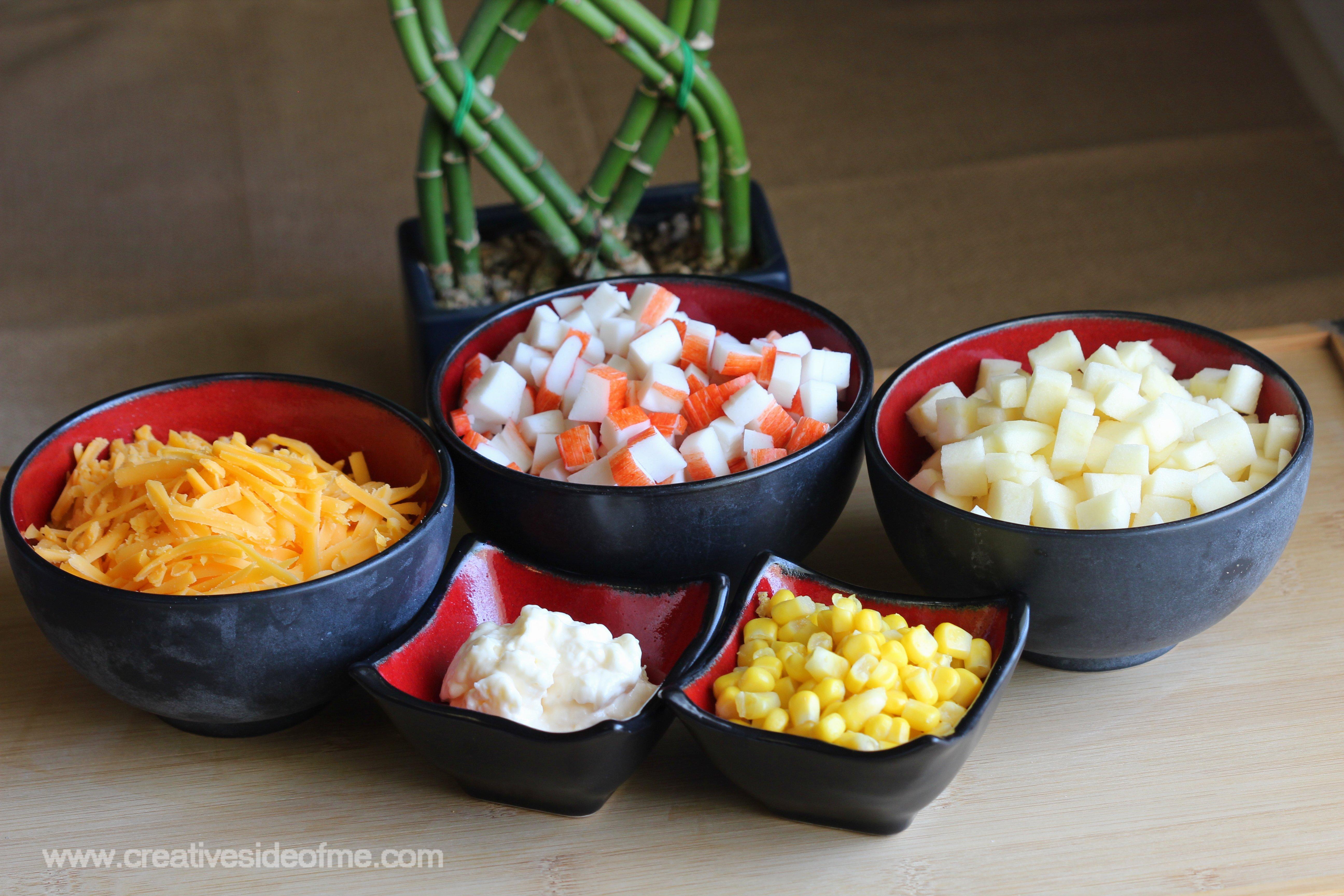 Салат с крабовыми палочками яйцом сыром и яблоком